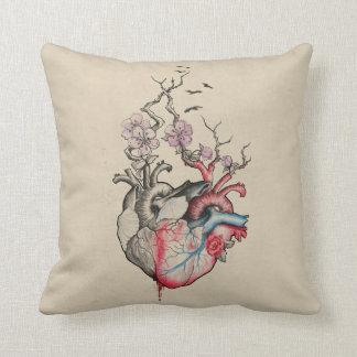 Almofada A arte do amor fundiu corações anatômicos com as