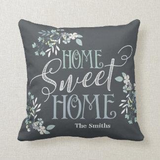 "Almofada ""A casa doce Home"" personalizou o travesseiro"