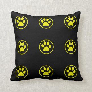 Almofada Amante do cão do design da pata do cão amarelo