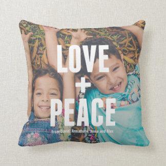 Almofada Amor + Tipografia mínima moderna da foto da paz