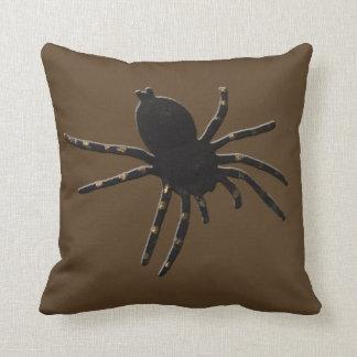 Almofada Aranha da viúva negra