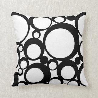 Almofada Arte moderna abstrata preta do círculo das