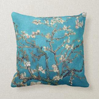 Almofada Árvore de amêndoa de florescência por Van Gogh