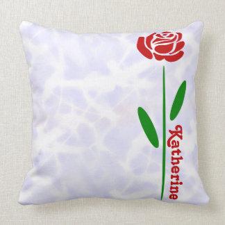Almofada As únicas folhas da haste do verde da rosa