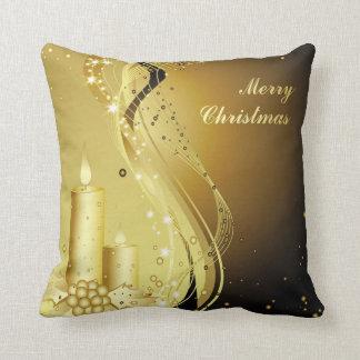 Almofada Azevinho do Natal da vela no fundo Sparkling