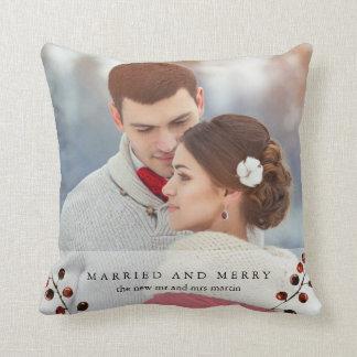 Almofada Bagas do inverno casadas e travesseiro alegre da