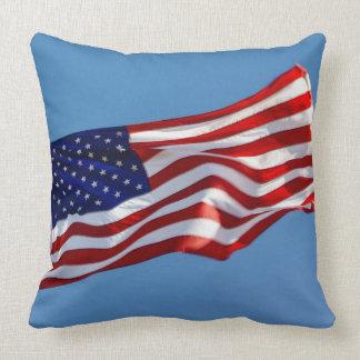 Almofada Bandeira americana no vento