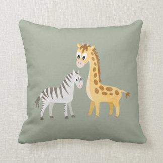Almofada Bebê bonito do safari da zebra e do girafa
