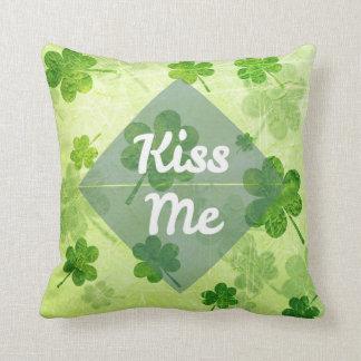 Almofada Beije-me trevo
