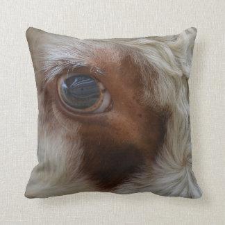Almofada Beleza no olho da vaca do espectador