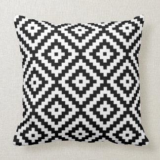 Almofada Bloco asteca Ptn grande do símbolo preto & branco