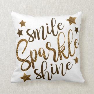 Almofada Brilho da faísca do sorriso - rotulação do ouro -
