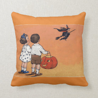 Almofada Bruxa do Dia das Bruxas do vintage e travesseiro