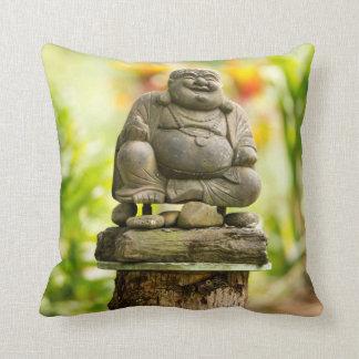 Almofada Buddha no travesseiro decorativo havaiano do