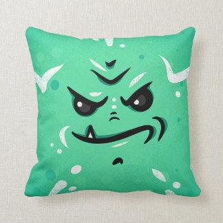 Almofada Cara verde engraçada do monstro com sorriso de