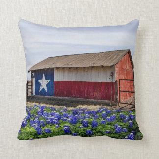 Almofada Celeiro e Bluebonnets ocidentais de Texas