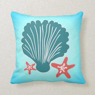 Almofada Cerceta e mar alaranjado Shell e peixes da estrela