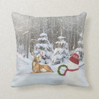 Almofada Cervos e boneco de neve do Natal com flocos de