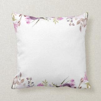 Almofada Chique floral da aguarela roxa do Lilac da lavanda