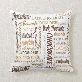 Almofada Chocolate, amêndoas e design de texto escuro do