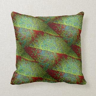 Almofada Close up fino vermelho e verde corajoso da folha