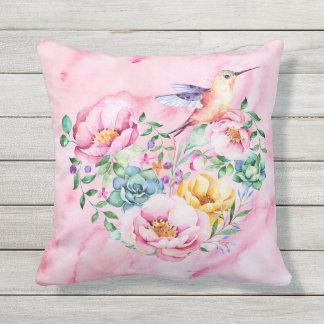 Almofada Coração cor-de-rosa da aguarela da peônia