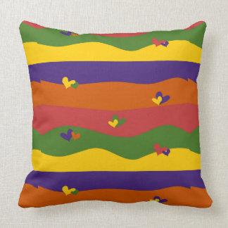 Almofada Corações coloridos bonitos e travesseiro