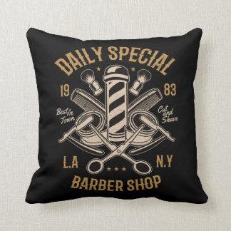 Almofada Corte e Shave especiais diários da barbearia
