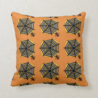 Almofada Coxim com aranha e Web na laranja