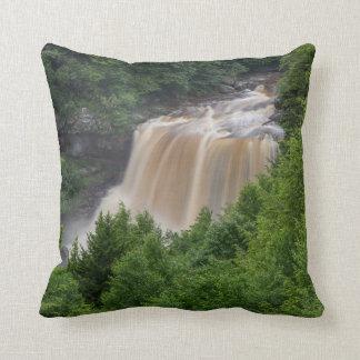 Almofada coxim com cachoeira