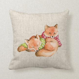Almofada coxim de linho do travesseiro do olhar das raposas