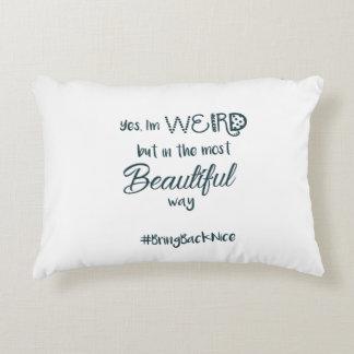 Almofada Decorativa A ajuda cresce o movimento ao #BringBackNice!