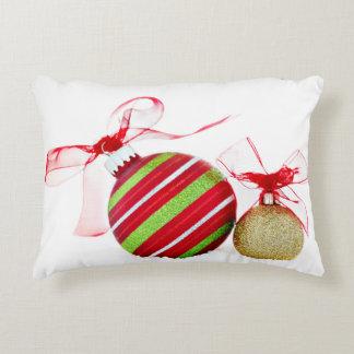 Almofada Decorativa Bolas dos enfeites de natal contemporâneas