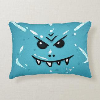 Almofada Decorativa Cara azul engraçada com sorriso Sneaky