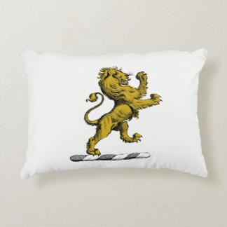Almofada Decorativa Emblema ereto C da crista do leão heráldico