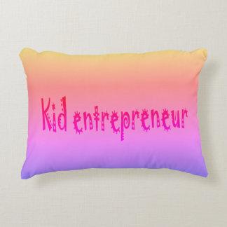 Almofada Decorativa kawwi e travesseiro preto do empresário do miúdo