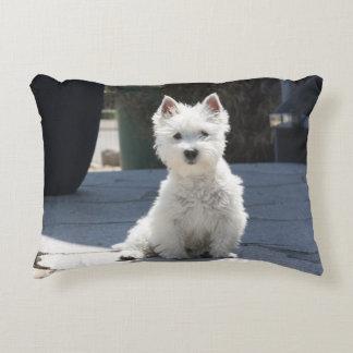 Almofada Decorativa Montanhas ocidentais brancas Terrier que senta-se