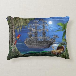 Almofada Decorativa Navio de pirata enluarada Mystical