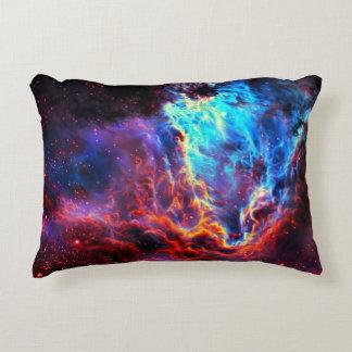 Almofada Decorativa Nebulosa composta da estrela da cor imponente