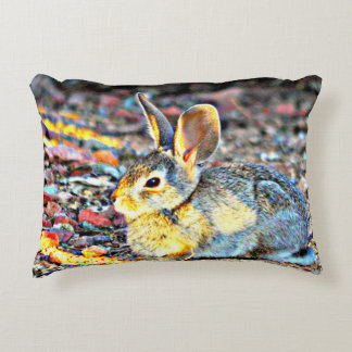 """Almofada Decorativa O """"coelho na luz solar"""" escovou o travesseiro do"""