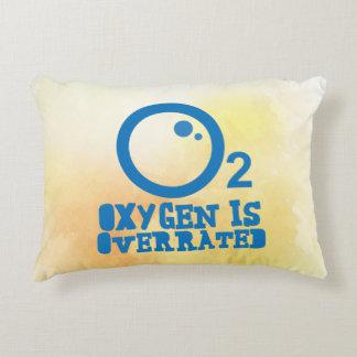 Almofada Decorativa O oxigênio é avaliado em excesso