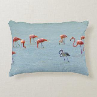 Almofada Decorativa Rebanho cinzento e cor-de-rosa dos flamingos no
