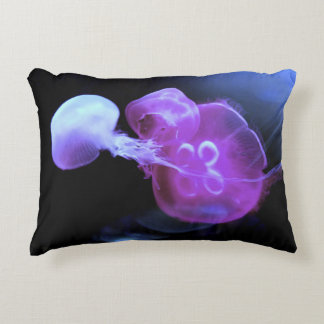 Almofada Decorativa Refrigere medusas cor-de-rosa acima perto
