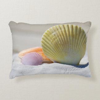 Almofada Decorativa Seashells coloridos na areia