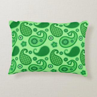Almofada Decorativa Teste padrão de Paisley, jade e verde esmeralda