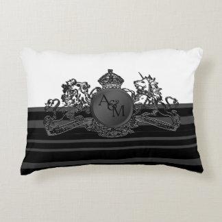 Almofada Decorativa Travesseiro branco preto do portador de anel do