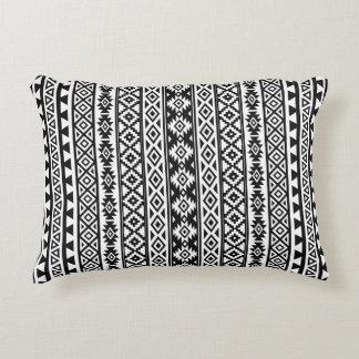 Almofada Decorativa (v) preto & branco estilizados astecas do teste