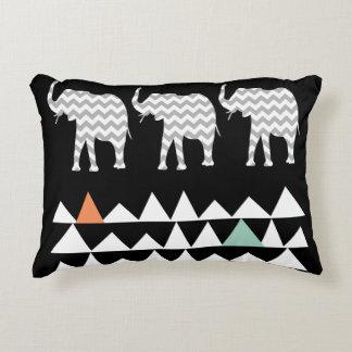 Almofada Decorativa Vigas tribais astecas dos elefantes de Andes no