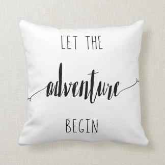 Almofada Deixe a aventura começar citações
