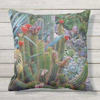 Almofada Descanso exterior colorido do jardim botânico do